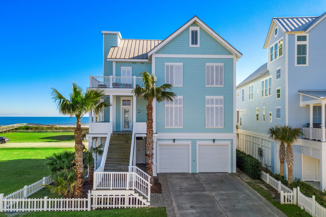 Welcome to your BeachBox! This stunning home is located in a gated community.